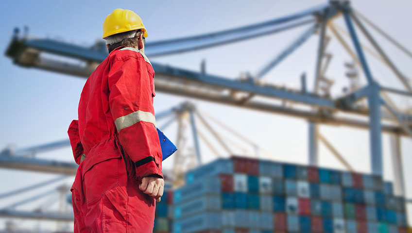 freight-forwarder-watching-loading-of-ship